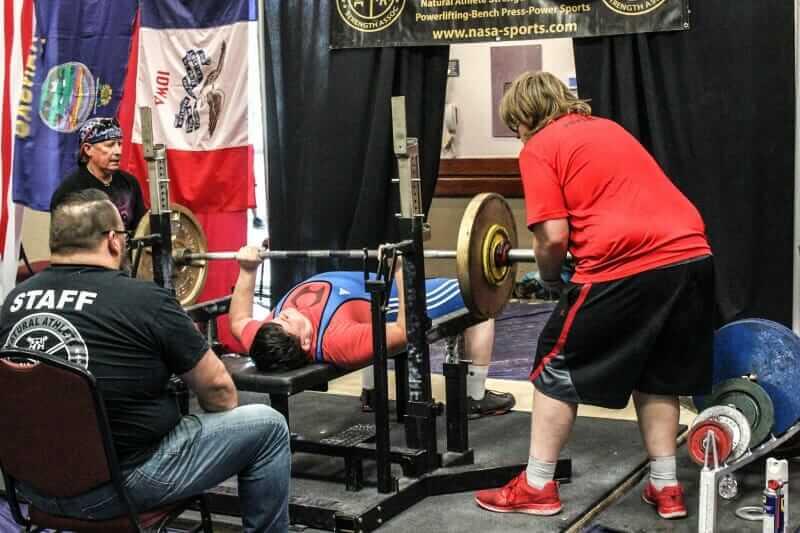 bench-powerlifting-coach